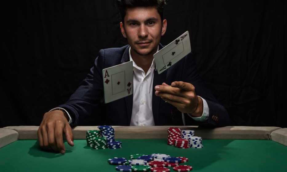Is It Hard To Become A Professional Poker Player? Have The Smartest Answers